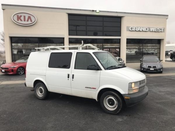 Chevrolet Astro 2000 $5600.00 incacar.com