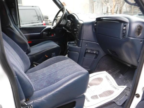 Chevrolet Astro 2000 $3995.00 incacar.com
