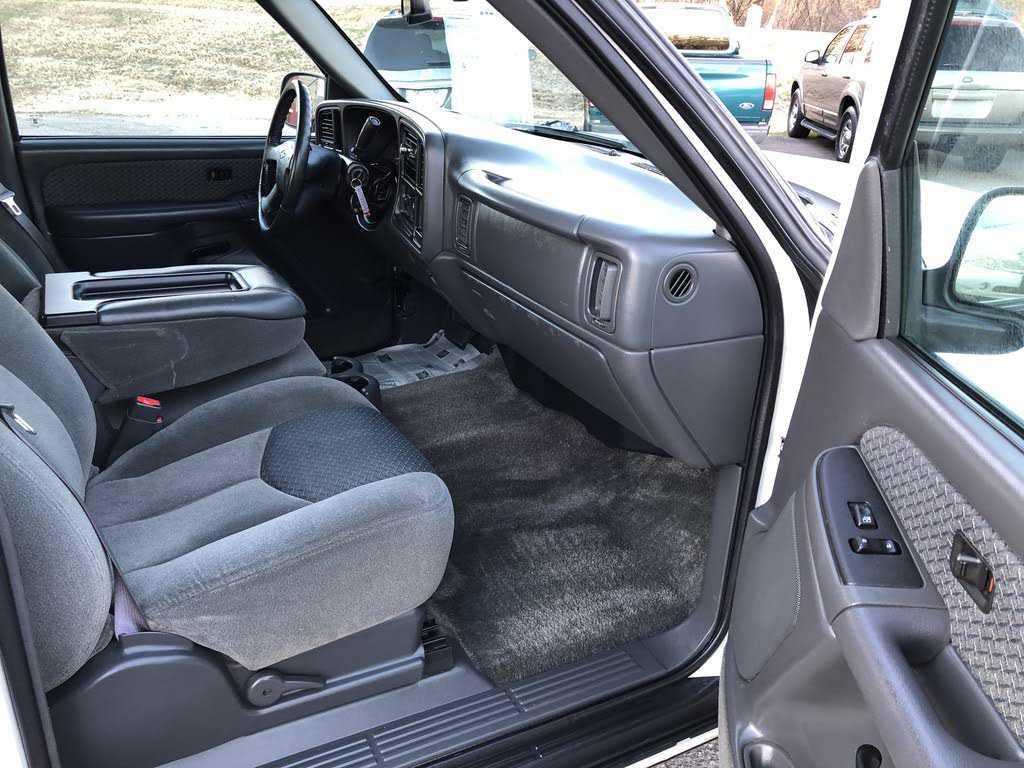 Chevrolet Avalanche 2003 $3650.00 incacar.com