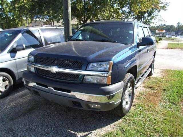 Chevrolet Avalanche 2005 $8995.00 incacar.com
