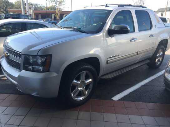 Chevrolet Avalanche 2013 $22500.00 incacar.com