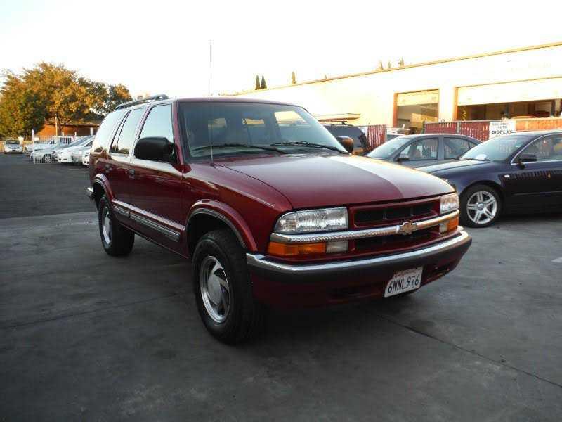 Chevrolet Blazer 1999 $4988.00 incacar.com
