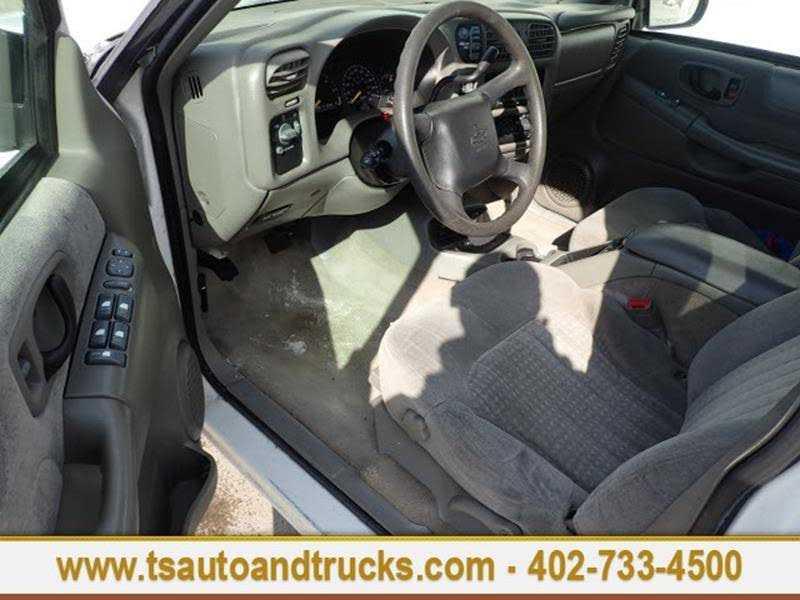 Chevrolet Blazer 2000 $2500.00 incacar.com