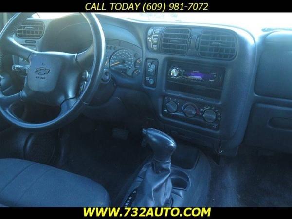 Chevrolet Blazer 2003 $3300.00 incacar.com