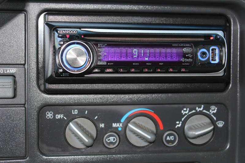 Chevrolet C/K 3500 2000 $8995.00 incacar.com