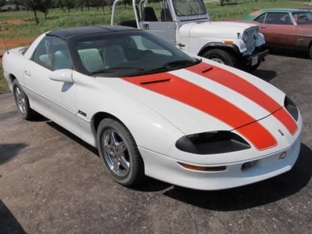 Chevrolet Camaro 1997 $12900.00 incacar.com