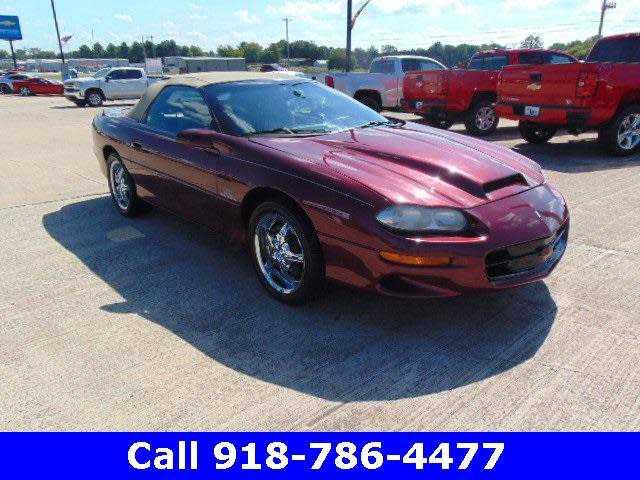 Chevrolet Camaro 2000 $9999.00 incacar.com