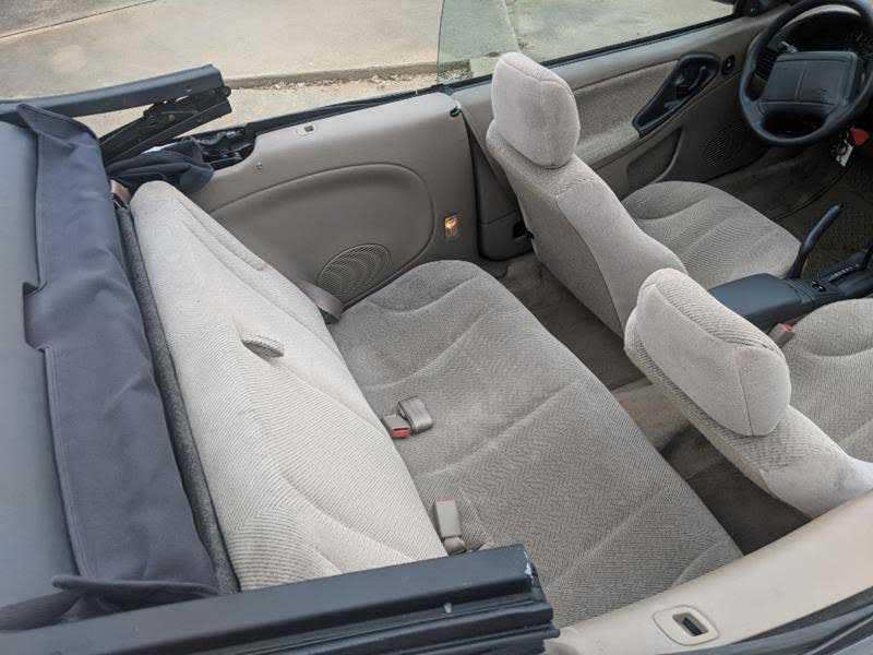 used Chevrolet Cavalier 1999 vin: 4G1JF32T9XB903295