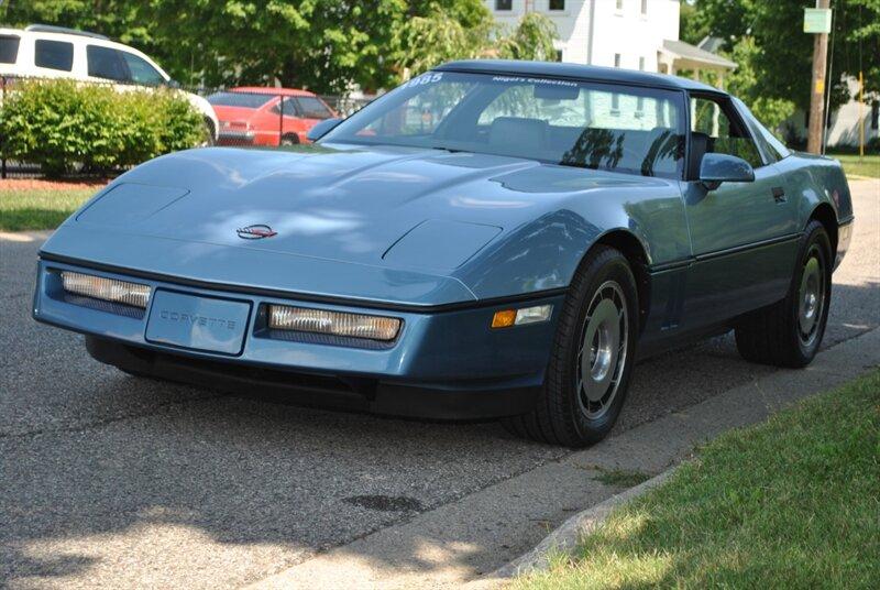 Chevrolet Corvette 1985 $17995.00 incacar.com