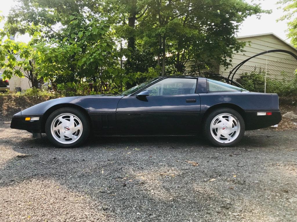 Chevrolet Corvette 1988 $9995.00 incacar.com