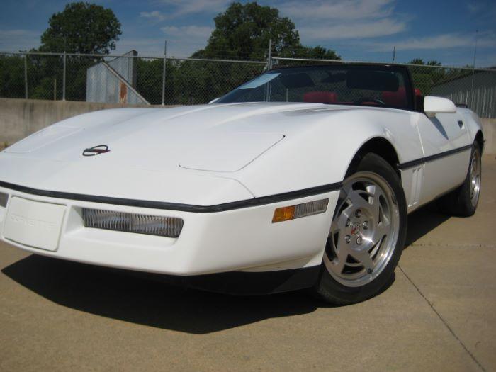 Chevrolet Corvette 1990 $13295.00 incacar.com