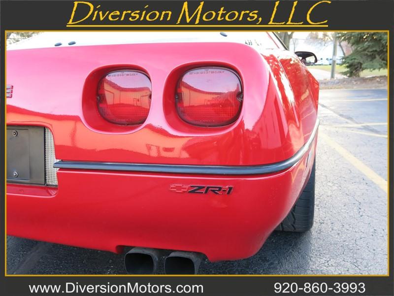 Chevrolet Corvette 1990 $23500.00 incacar.com
