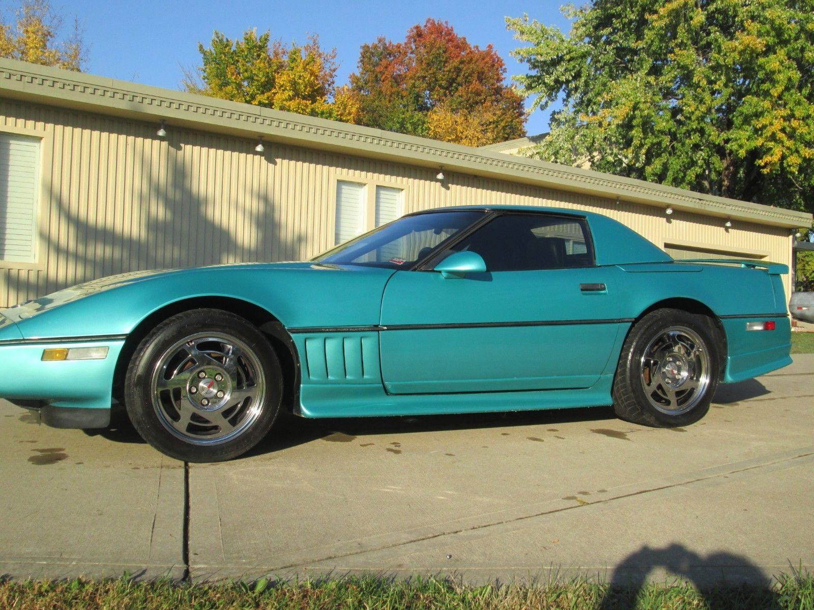 Chevrolet Corvette 1990 $6900.00 incacar.com