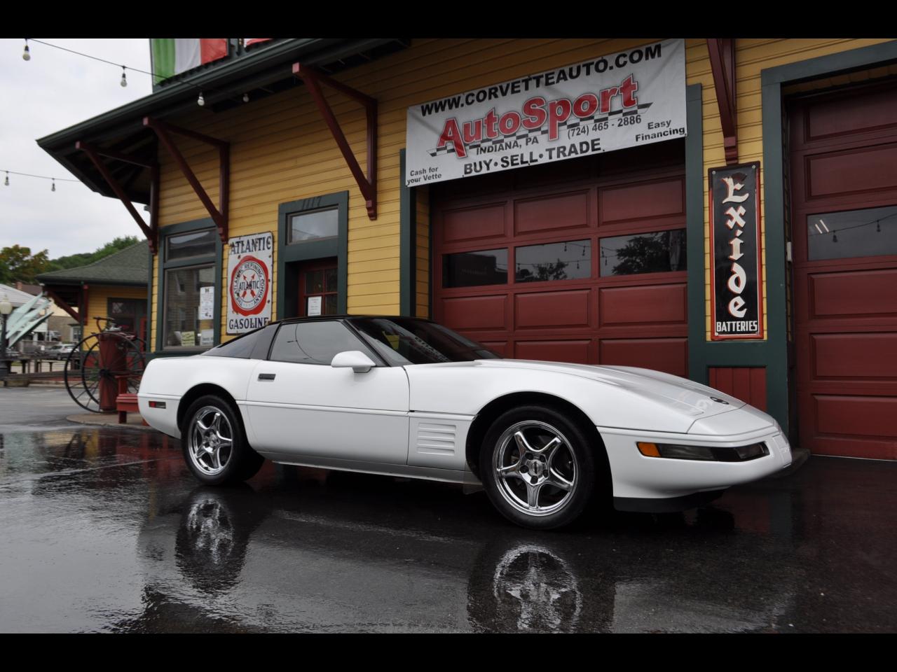 Chevrolet Corvette 1992 $16750.00 incacar.com