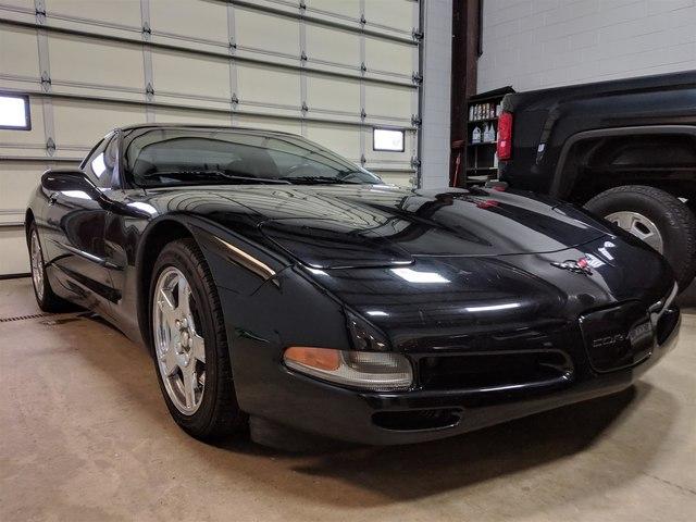 Chevrolet Corvette 1999 $13995.00 incacar.com
