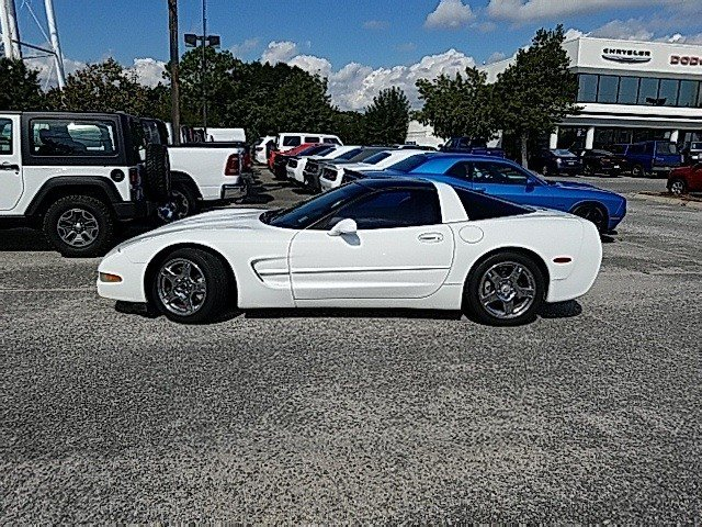 Chevrolet Corvette 1999 $12230.00 incacar.com