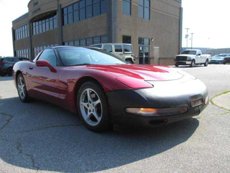 Chevrolet Corvette 2000 $18000.00 incacar.com