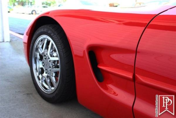 Chevrolet Corvette 2000 $18950.00 incacar.com