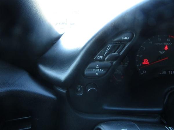 Chevrolet Corvette 2000 $13995.00 incacar.com