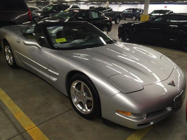 Chevrolet Corvette 2001 $16495.00 incacar.com