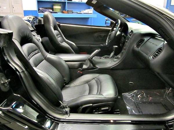 Chevrolet Corvette 2003 $20985.00 incacar.com