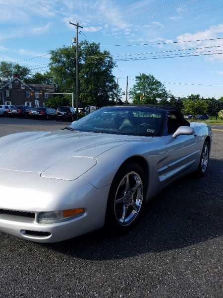 Chevrolet Corvette 2003 $23000.00 incacar.com