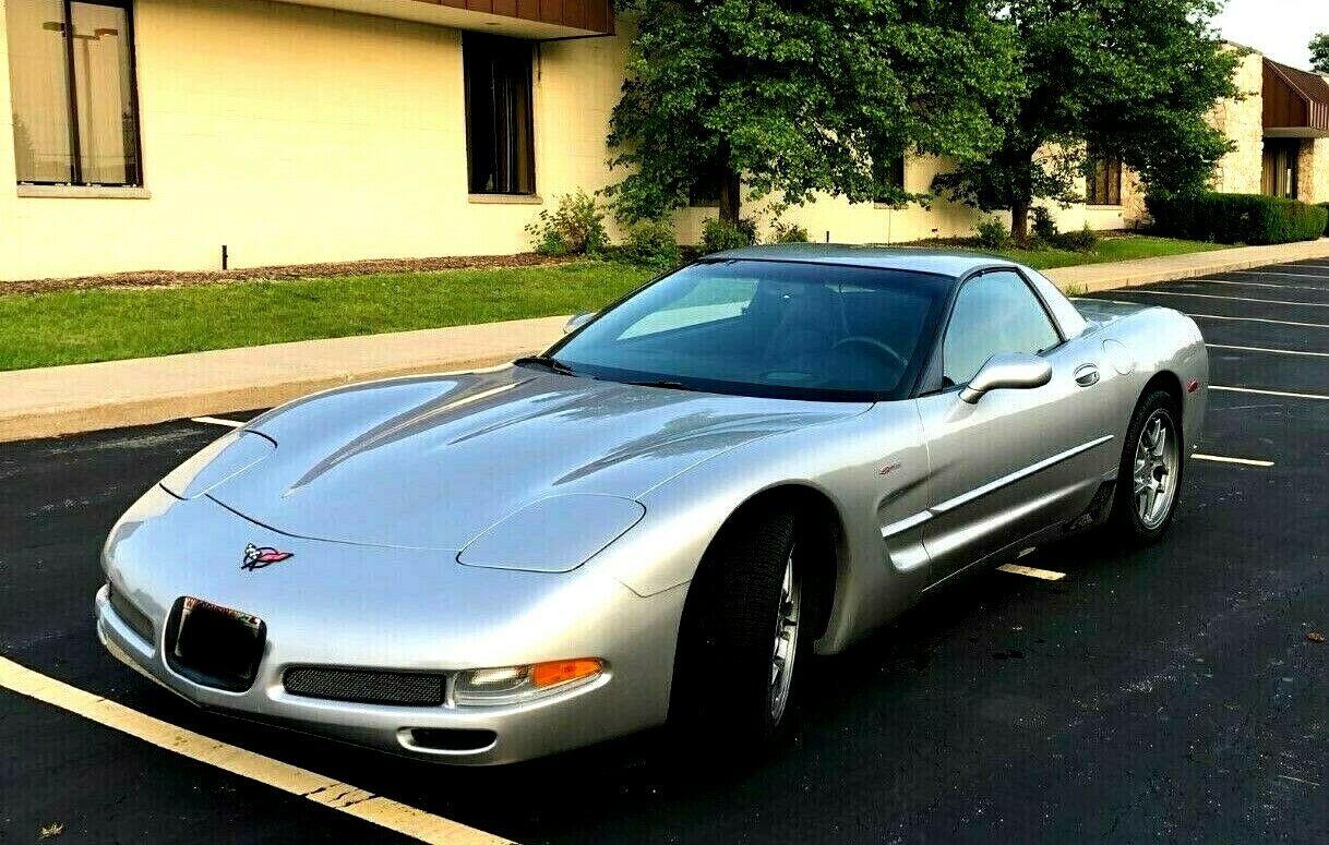 Chevrolet Corvette 2004 $15100.00 incacar.com