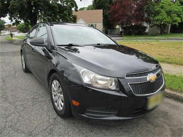 Chevrolet Cruze 2011 $3499.00 incacar.com