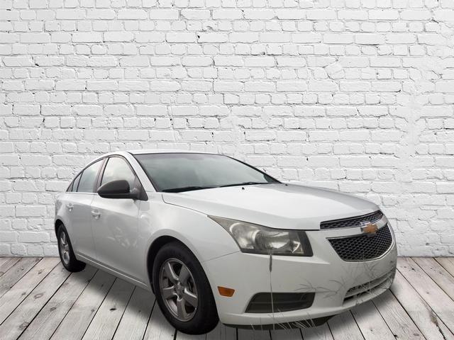 Chevrolet Cruze 2011 $9998.00 incacar.com