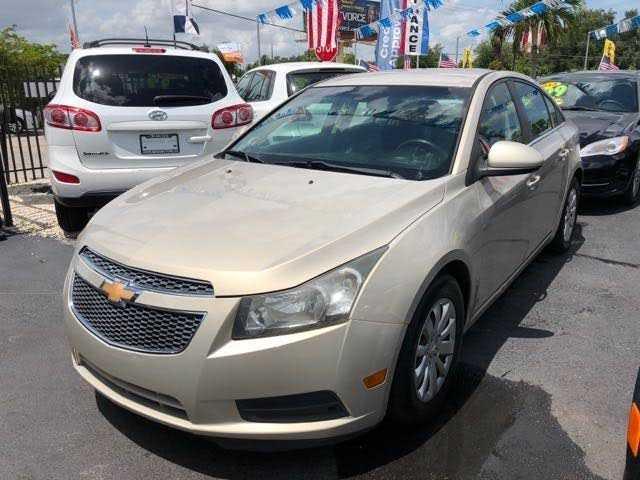 used Chevrolet Cruze 2011 vin: 1G1PF5S9XB7213675