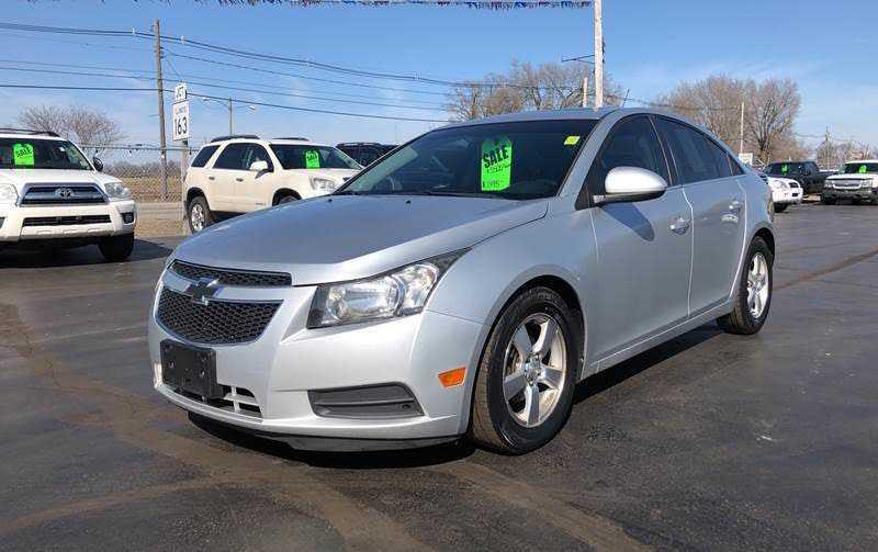 Chevrolet Cruze 2012 $7200.00 incacar.com