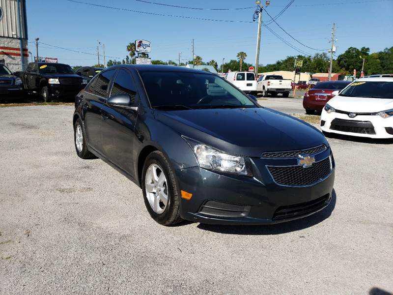 Chevrolet Cruze 2013 $4990.00 incacar.com