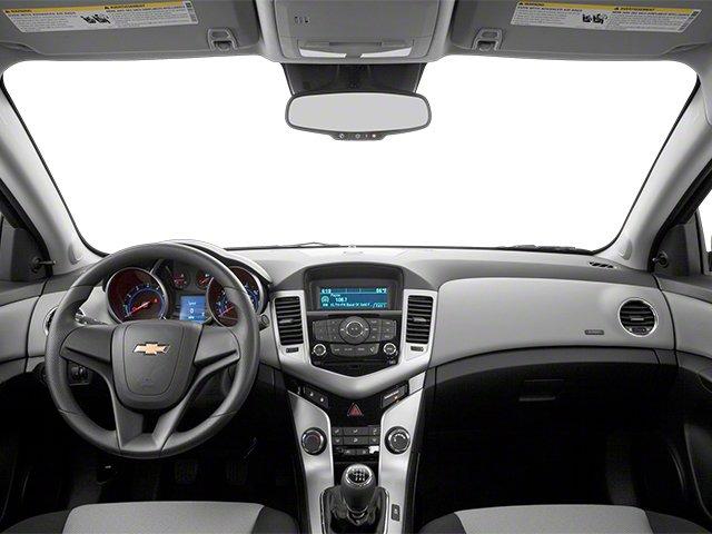 Chevrolet Cruze 2013 $8988.00 incacar.com