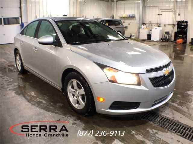 Chevrolet Cruze 2013 $4000.00 incacar.com