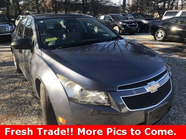 Chevrolet Cruze 2013 $7495.00 incacar.com