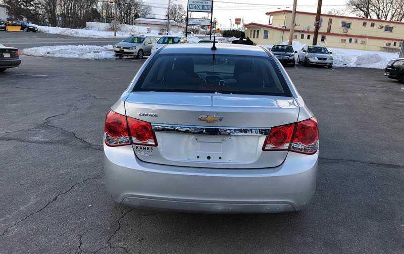 Chevrolet Cruze 2014 $4500.00 incacar.com