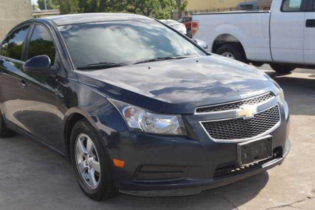 Chevrolet Cruze 2014 $1500.00 incacar.com