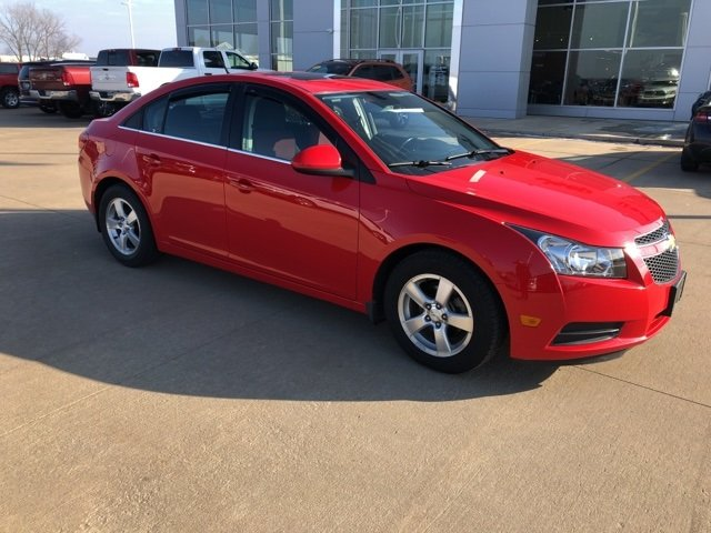 used Chevrolet Cruze 2014 vin: 1G1PC5SB6E7138425