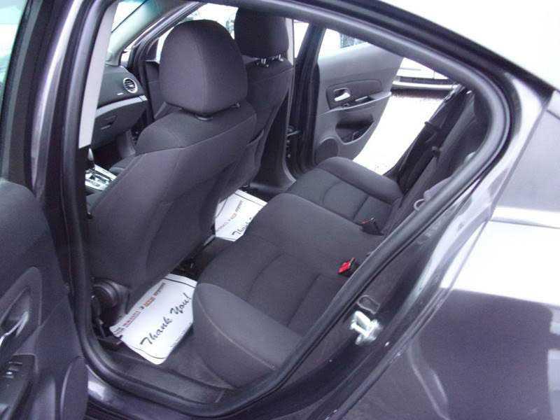 Chevrolet Cruze 2014 $5900.00 incacar.com