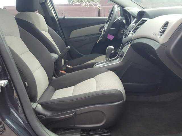 Chevrolet Cruze 2015 $4980.00 incacar.com
