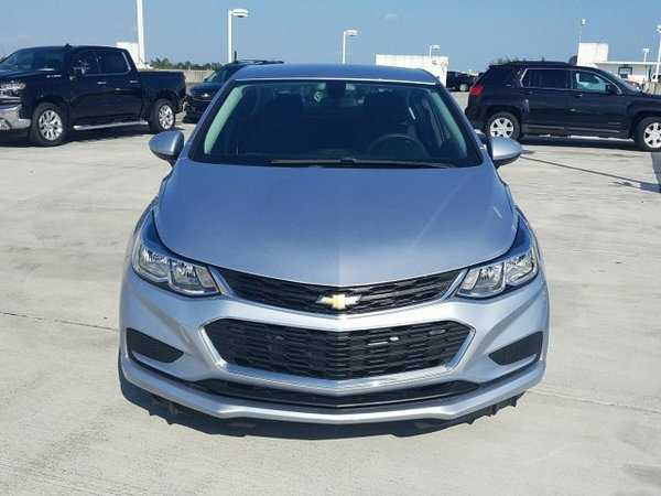 Chevrolet Cruze 2017 $13987.00 incacar.com