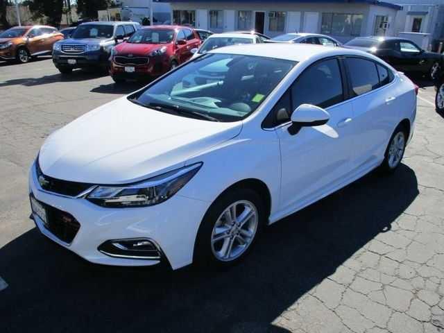 Chevrolet Cruze 2017 $15990.00 incacar.com