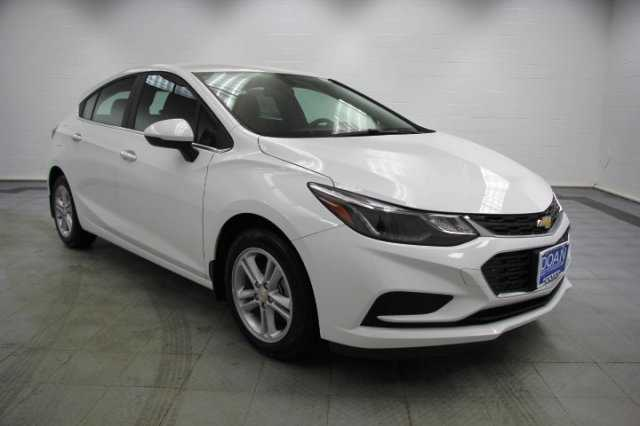 Chevrolet Cruze 2017 $20995.00 incacar.com
