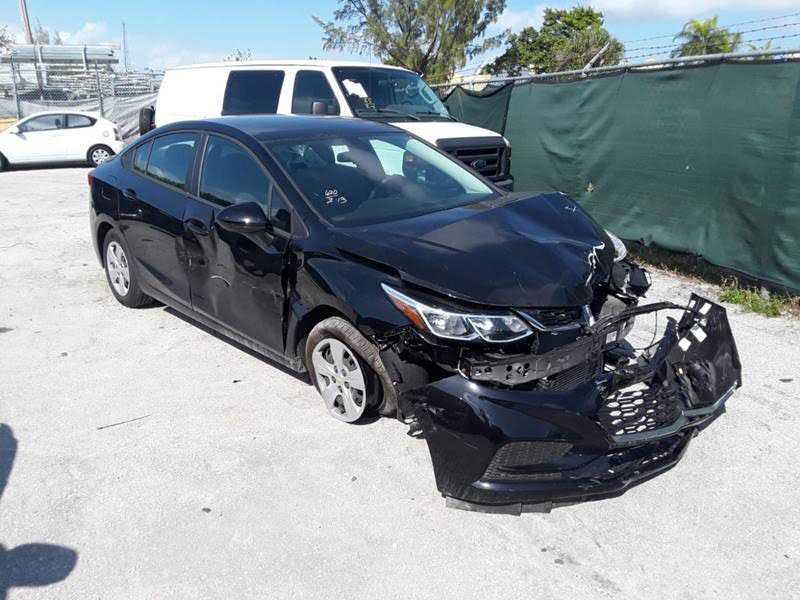Chevrolet Cruze 2018 $4000.00 incacar.com