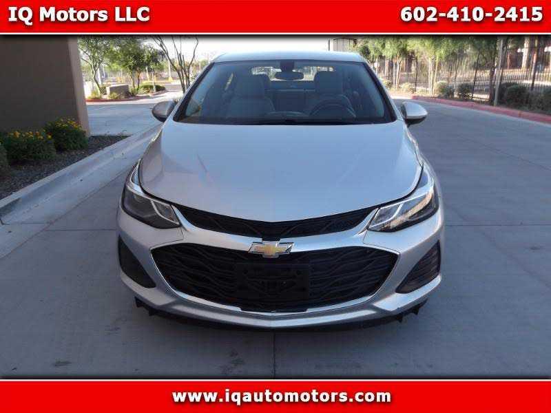 Chevrolet Cruze 2019 $9900.00 incacar.com