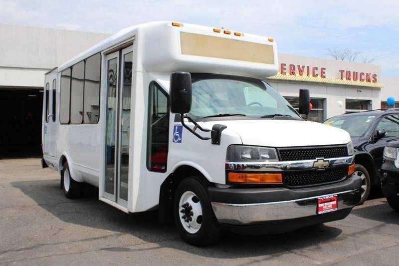 Chevrolet Express 2014 $9850.00 incacar.com