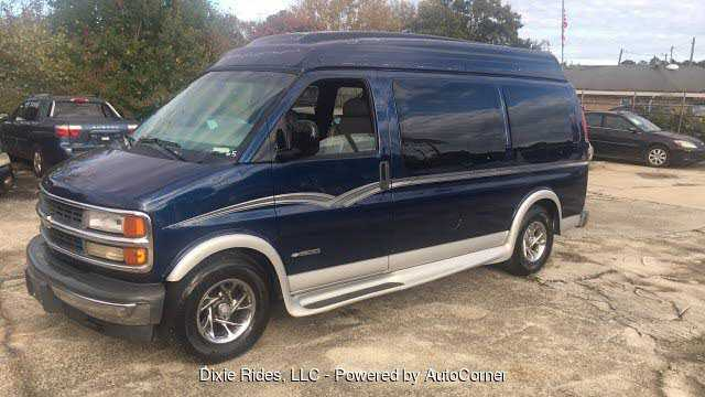 Chevrolet Express 2000 $3995.00 incacar.com