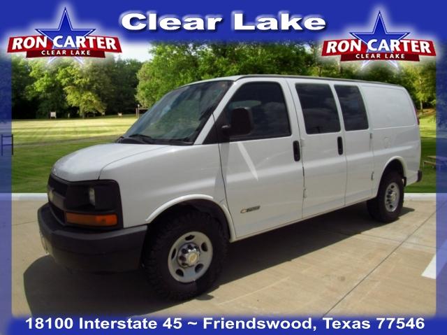 Chevrolet Express 2004 $10488.00 incacar.com