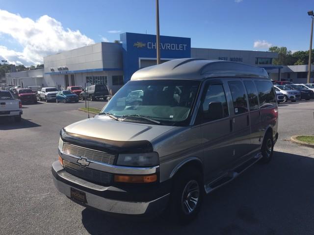 Chevrolet Express 2004 $9995.00 incacar.com