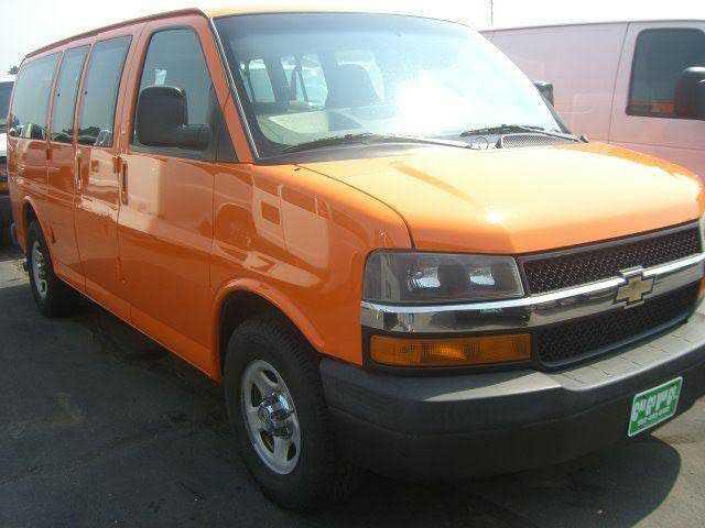 Chevrolet Express 2007 $8000.00 incacar.com
